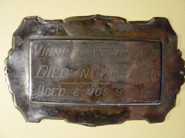 The Birth Record and Death Record on the Coffin Plate of Minnie Jane Drake is Free Genealogy