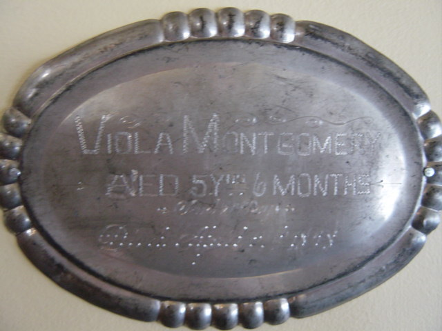 Coffin Plate of Viola Montgomery 1893~1898 is free genealogy
